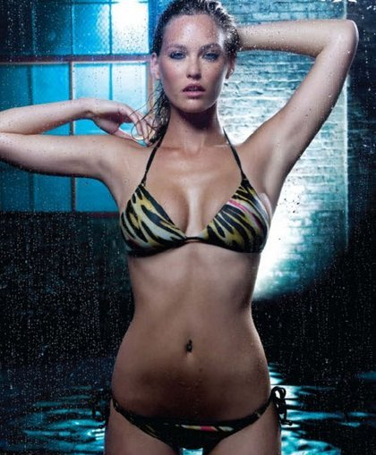 bar-refaeli-new-hot-bikini-2