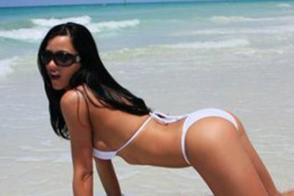 janessa-brazil-white-bikini2