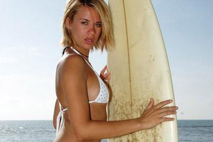 crazy-hot-sexy-skimpy-bikinis05-1