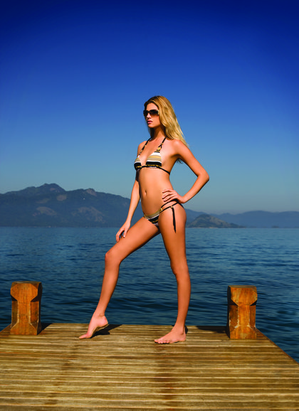 Chloe Bello-bikini