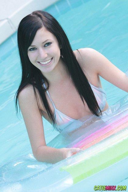 catie minx bikini babe