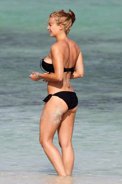 gemma-atkinson bikini