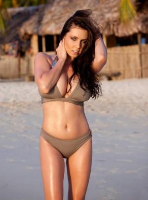 ewa_sonnet_bikini_huge_boobs.jpg